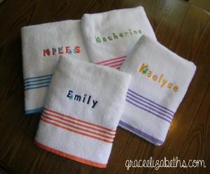 Embroideried wash cloths by www.GraceElizabeths.com